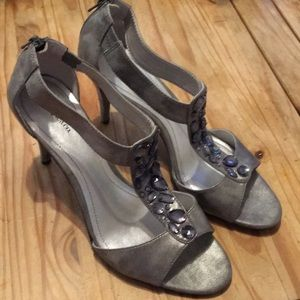 Style&co unreal pewter heel.